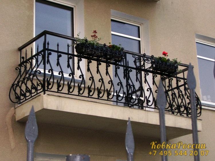 кованые балконы 042